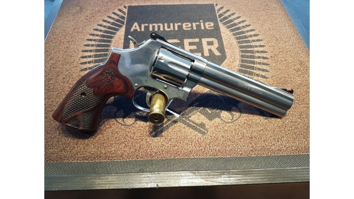 Smith And Wesson, 357magnum, 686-6 7 coups, tres propre - Used -