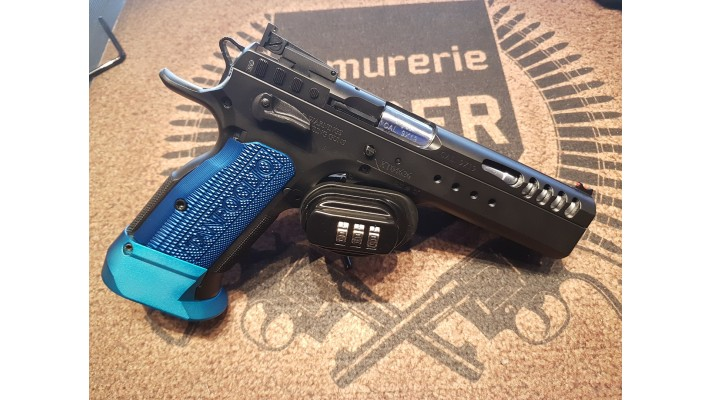 Tanfoglio Limited Custom Extrem, 9mm, 4 chargeurs, boitier d'origine, Propre - Used -
