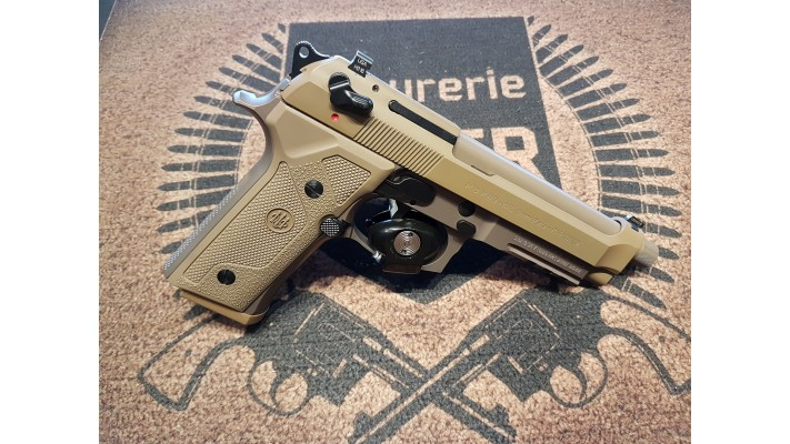 Beretta M9A1 Tan, 9mm, tres propre, Used -