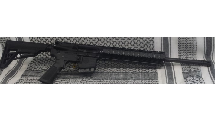 "DiamondBack AR15 223/5.56 16"" Free Float Full Picatinny"